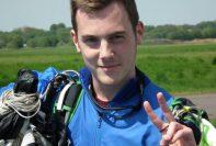 bisexual skydiver Dan Cope